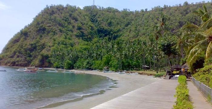 Amuk Bay Hill