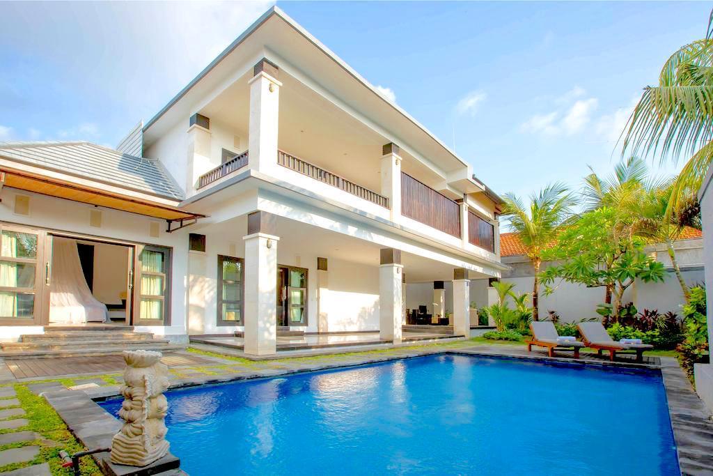 La Villais Kamojang Seminyak - Bali