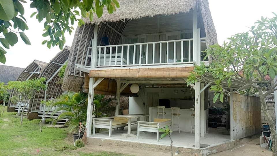 Beach Hello Huts