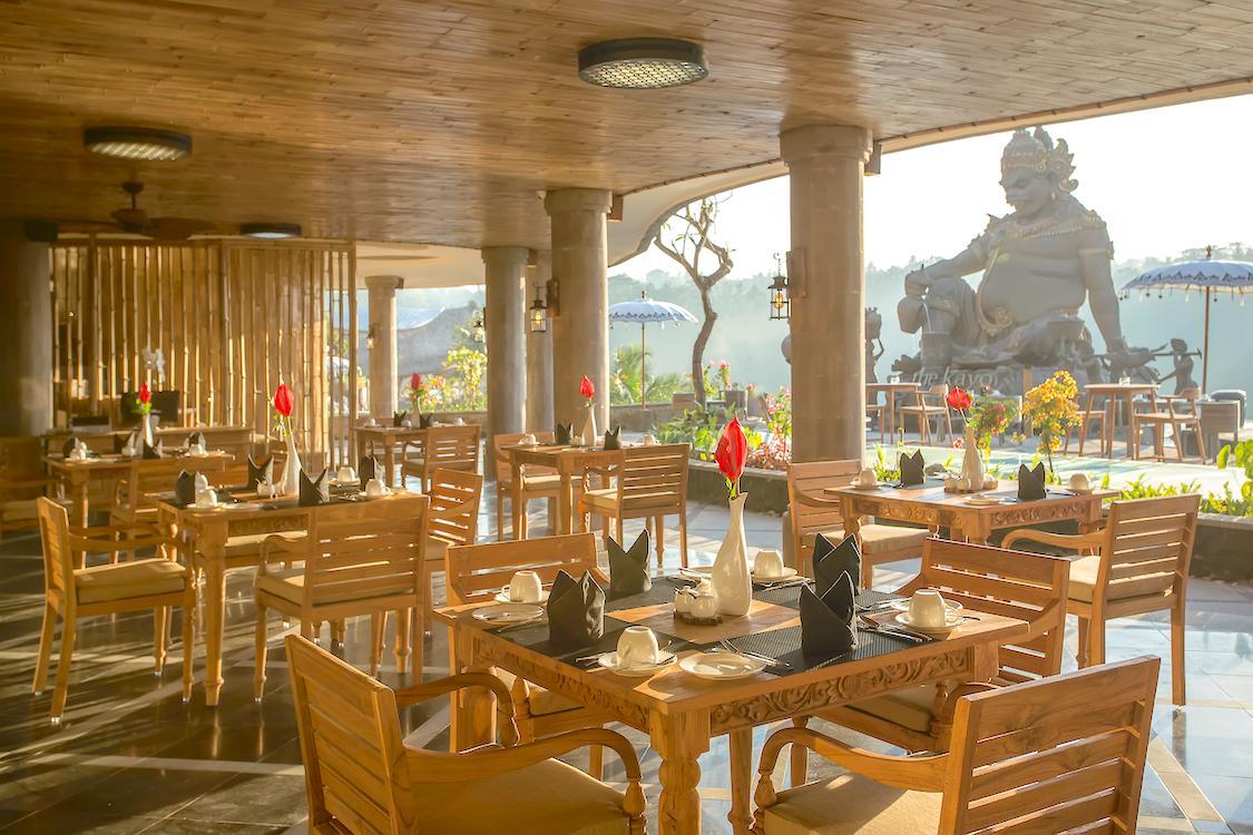 Kepitu Restaurant at The Kayon Jungle Resort by Pramana