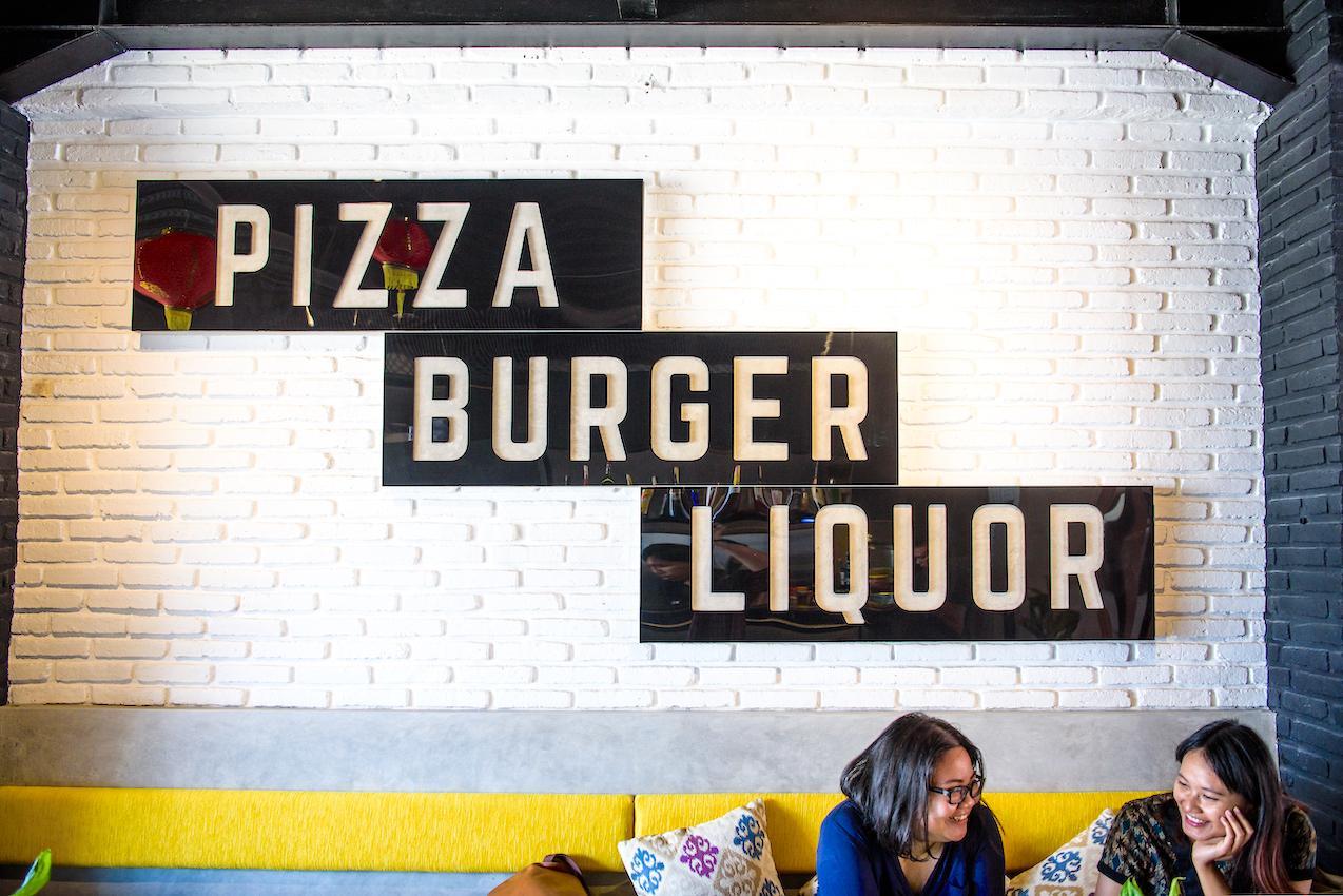 Pizza | Burger | Liquor