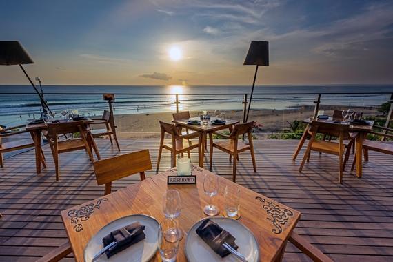 Moonlite Kitchen Bar The Bali Bible