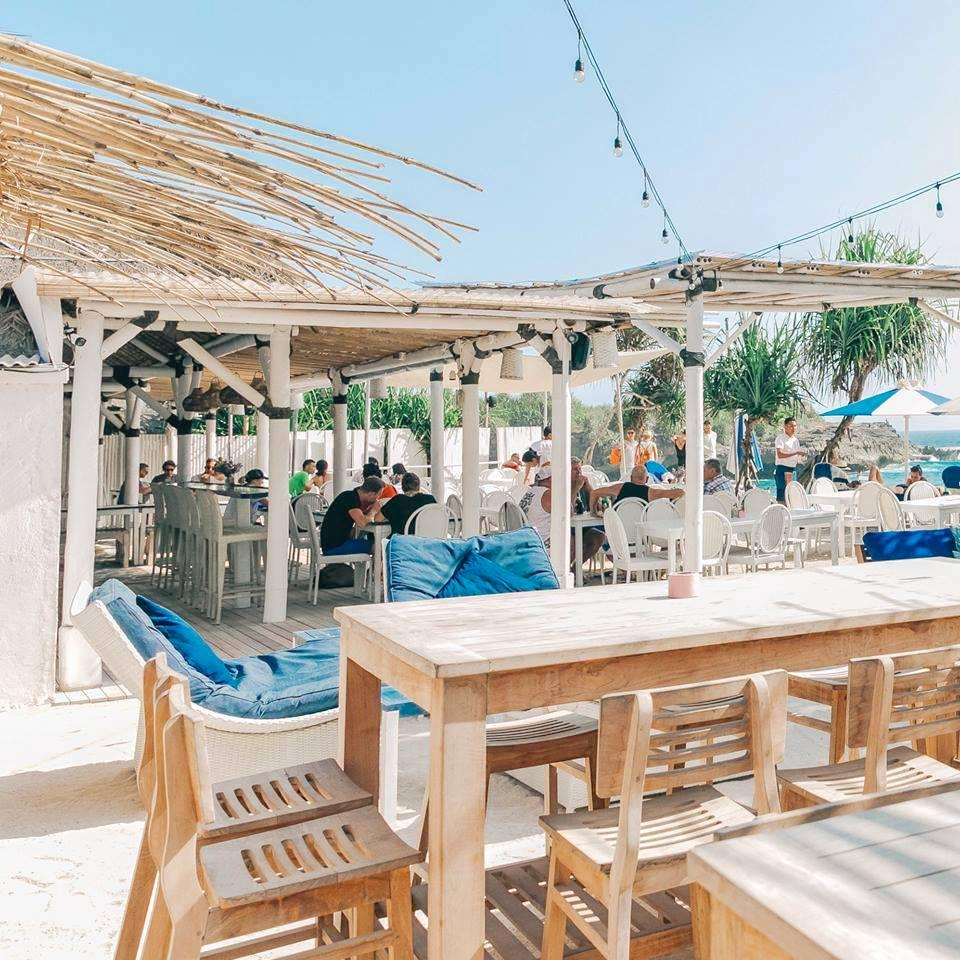 Sandy Bay Beach Club, Lembongan