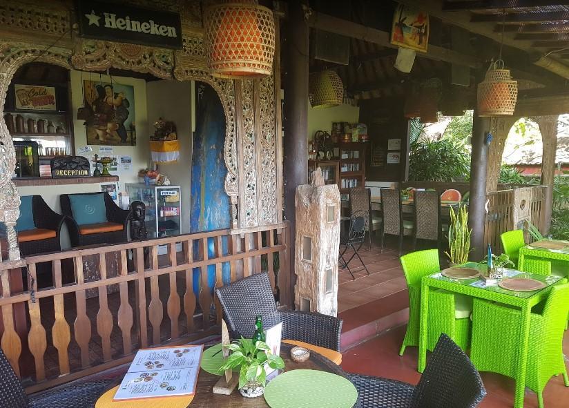 Toms Garden Cafe
