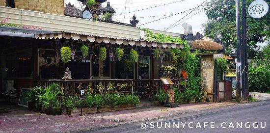Sunny Cafe Canggu