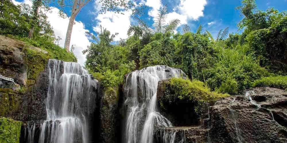 Taman Beji Griya Waterfall