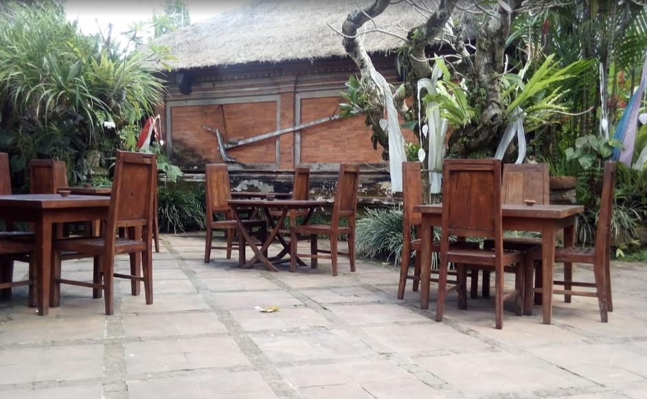 Miro'S Garden Restaurant