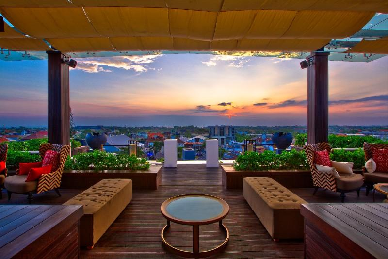The 18th Rooftop Bar