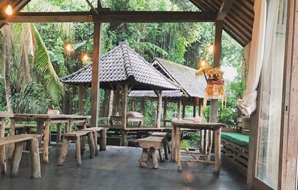 Warung Sate Kakul