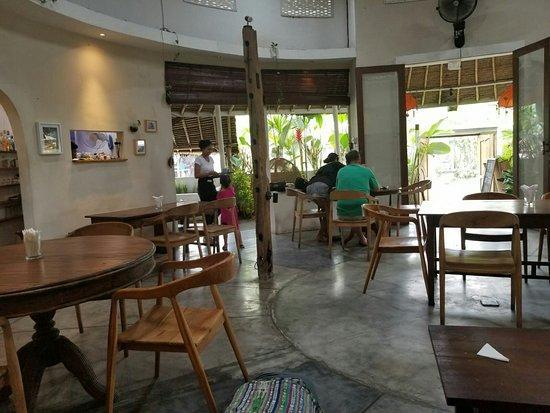 Warung Coconut