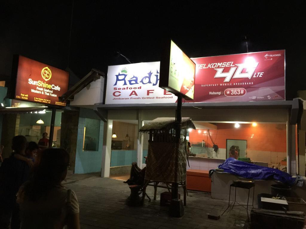 Radja Seafood Cafe Jimbaran