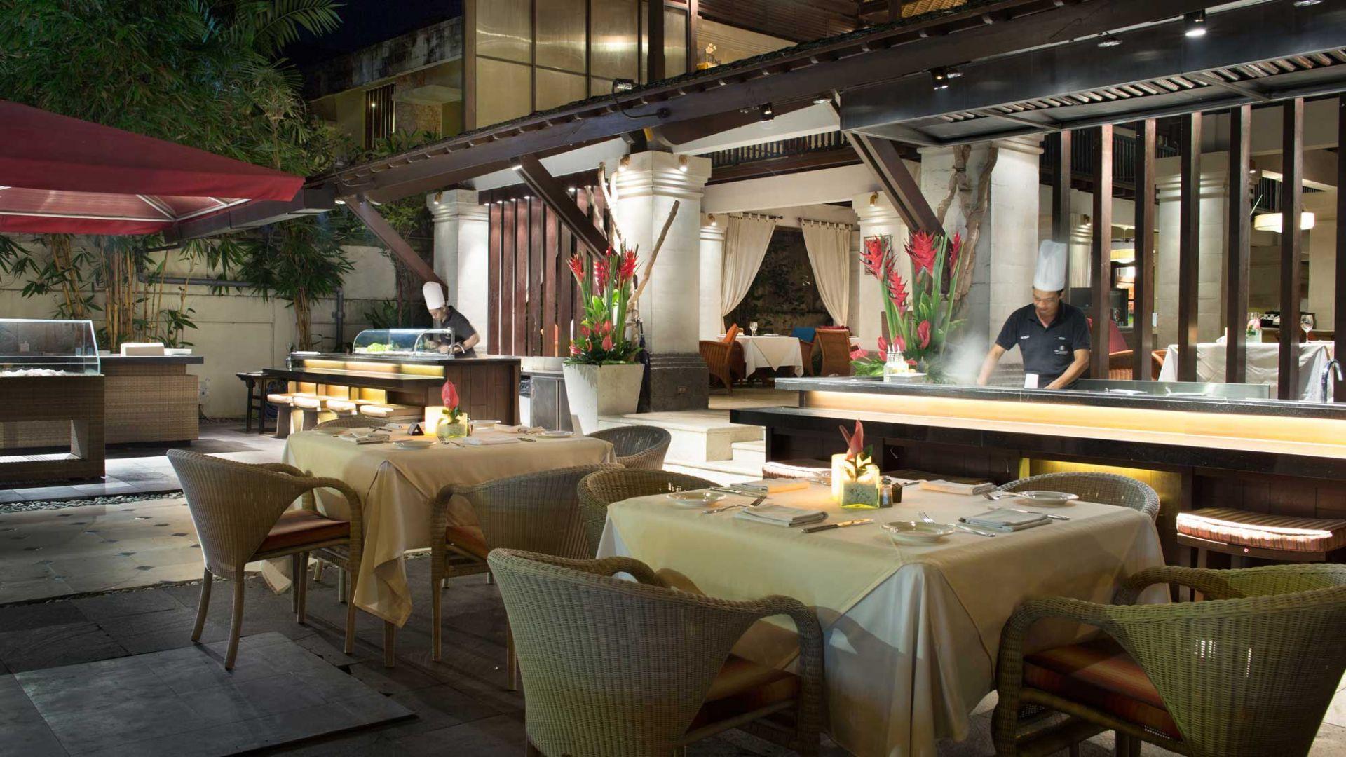 Mezzanine Thai Kitchen & Bar