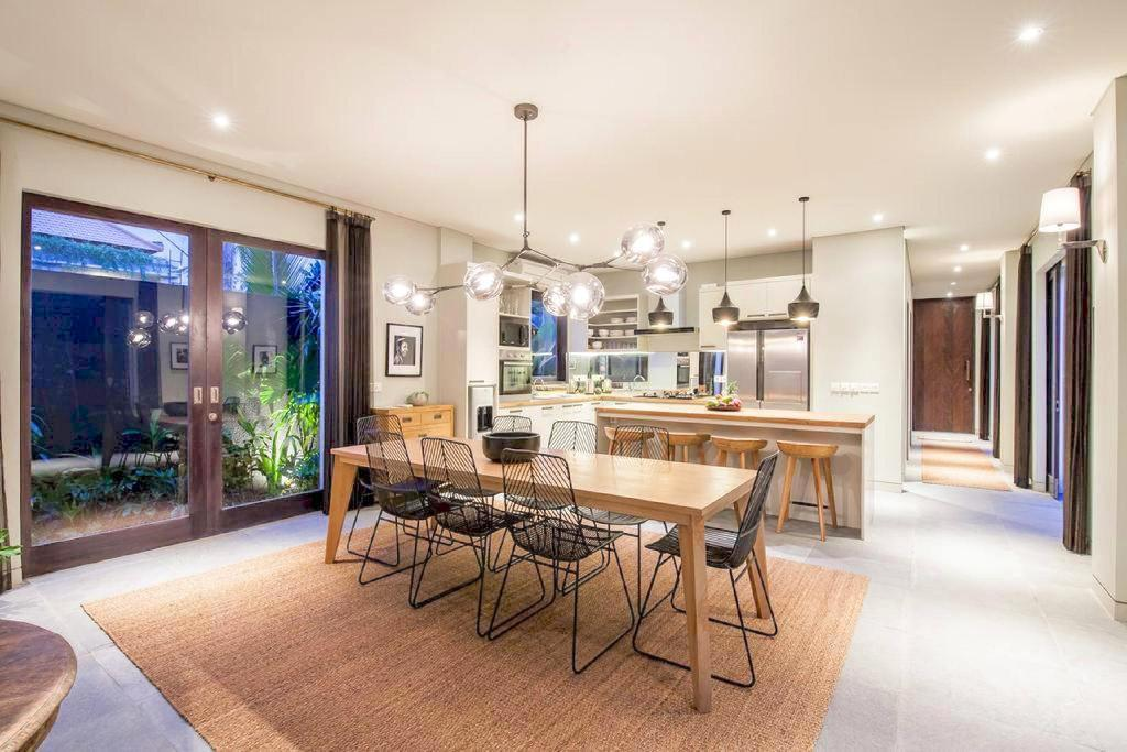 Ixora - Quiet modern luxury in the heart of Canggu