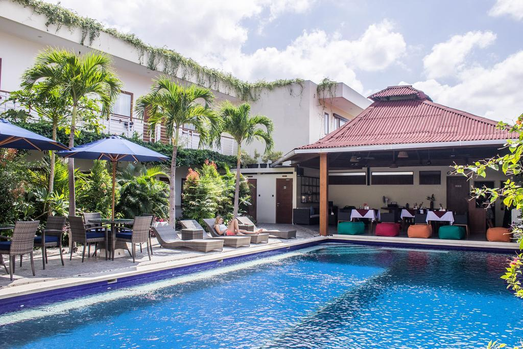 Green Palms Bali