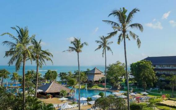 Choose from a Great Selection of Rooms for 3, 5, 7 or 9 Nights at Discovery Kartika Plaza Hotel