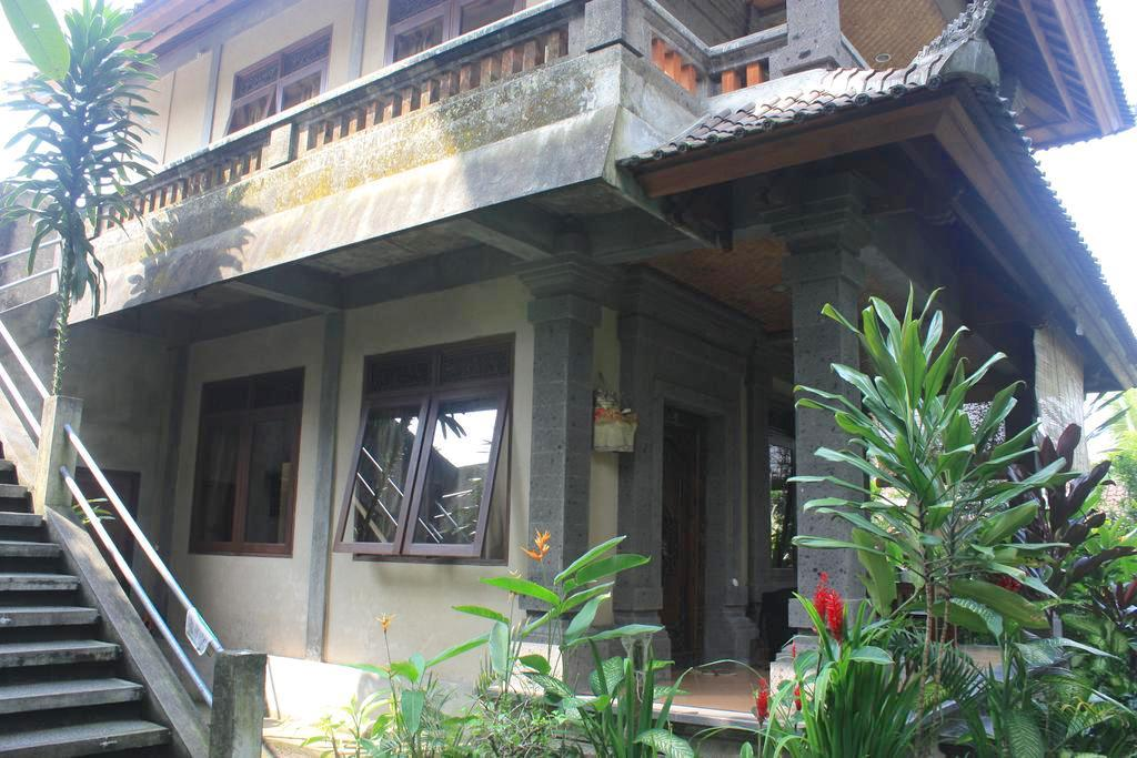 Prasanti Bed & Breakfast