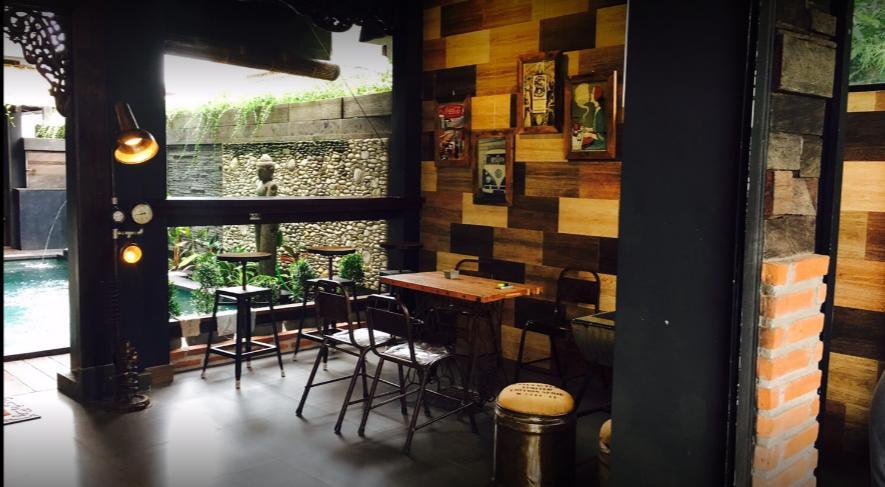 Cafe Chakra Bali