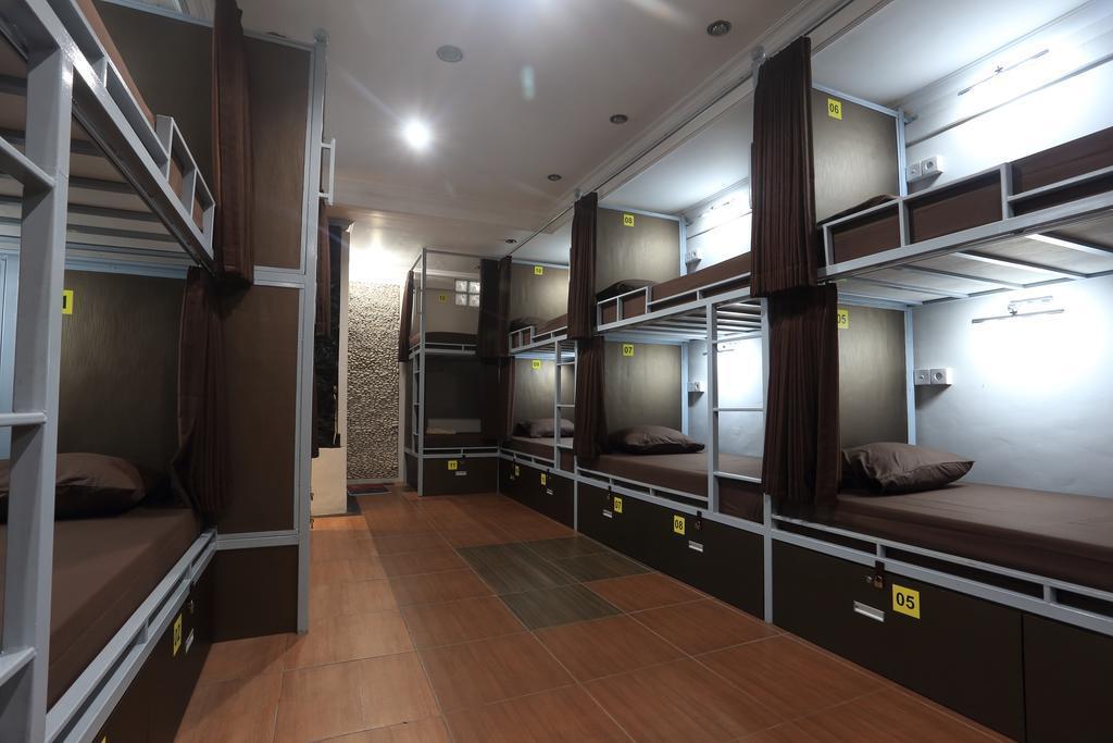 Dewa Hostel
