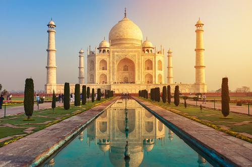 Experience the Wonders of India on this 15 Day Heritage Tour