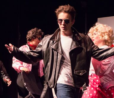 Parks Theatre Grease 4213
